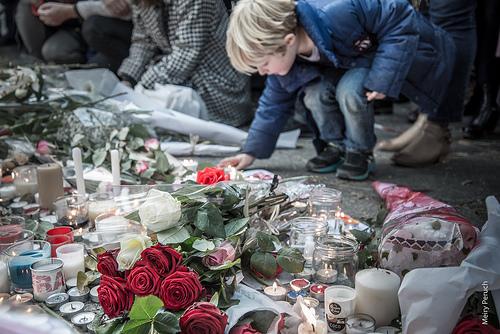 Attentat in Paris - Kein Weltkrieg bitte