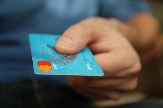 Warnung vor Scheckbetrug